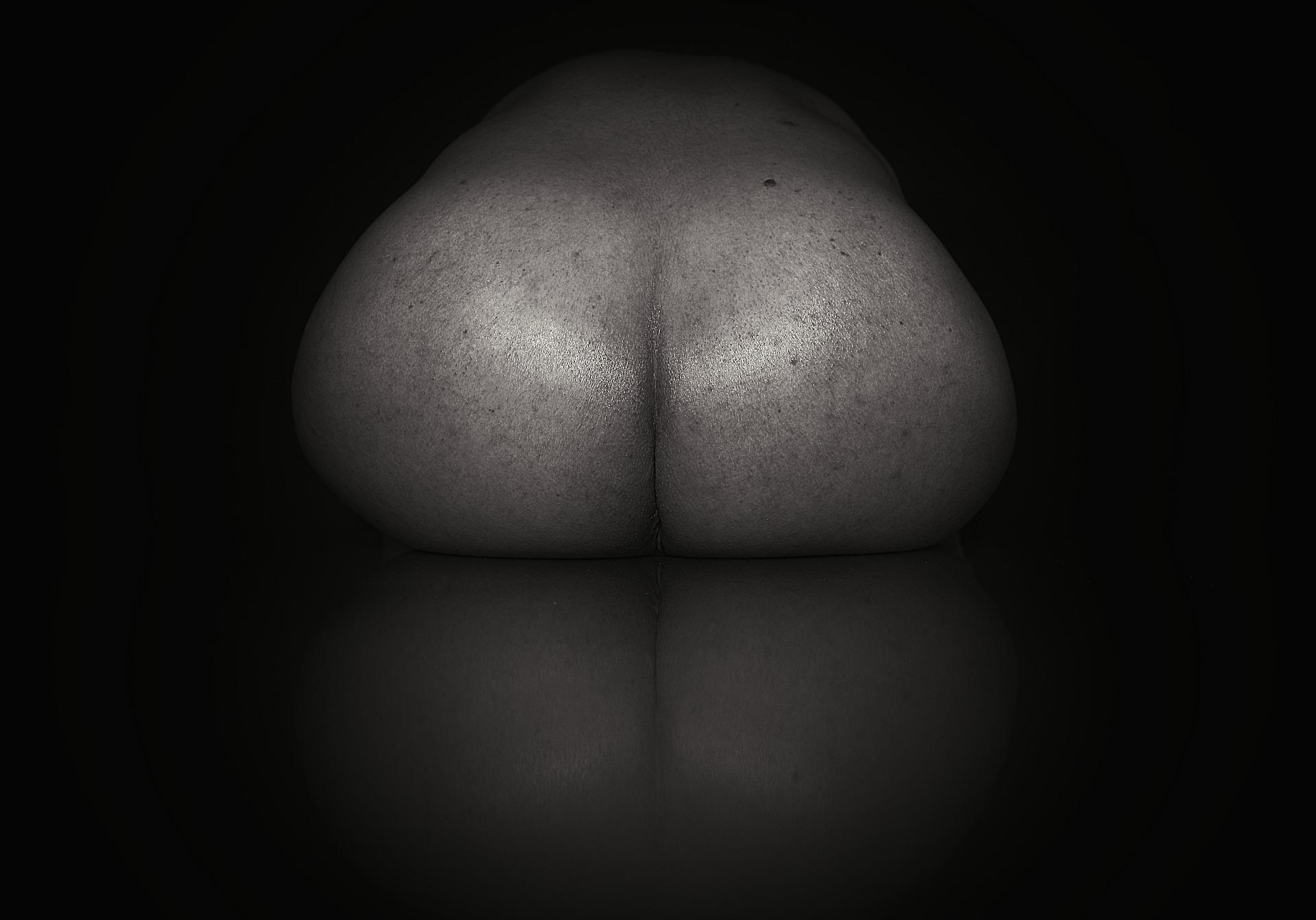 buttocks-5283849_1920