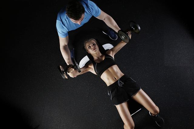 trenér na cvičení