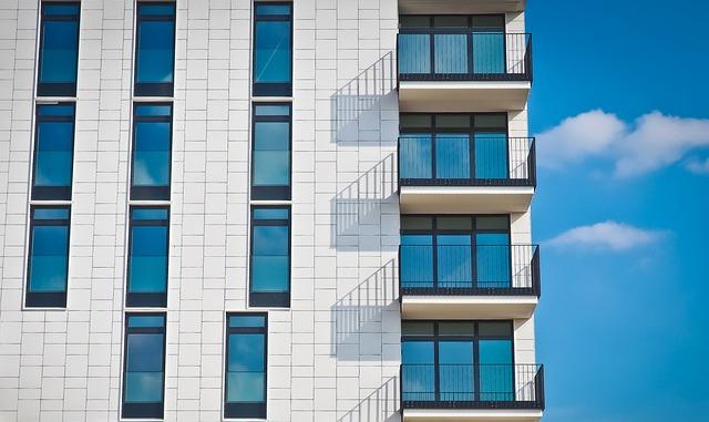Využívať balkón naplno je dnes IN