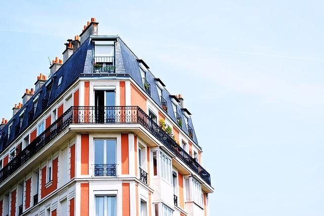 zábradlí na balkoně