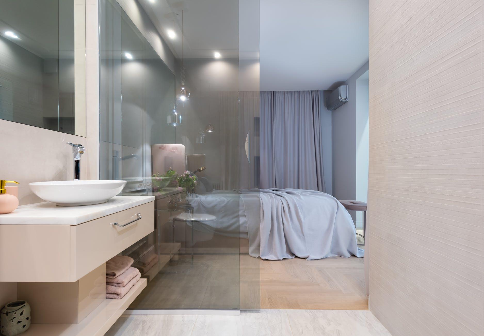 Skúste niečo moderné, vyberte si sklenené dvere